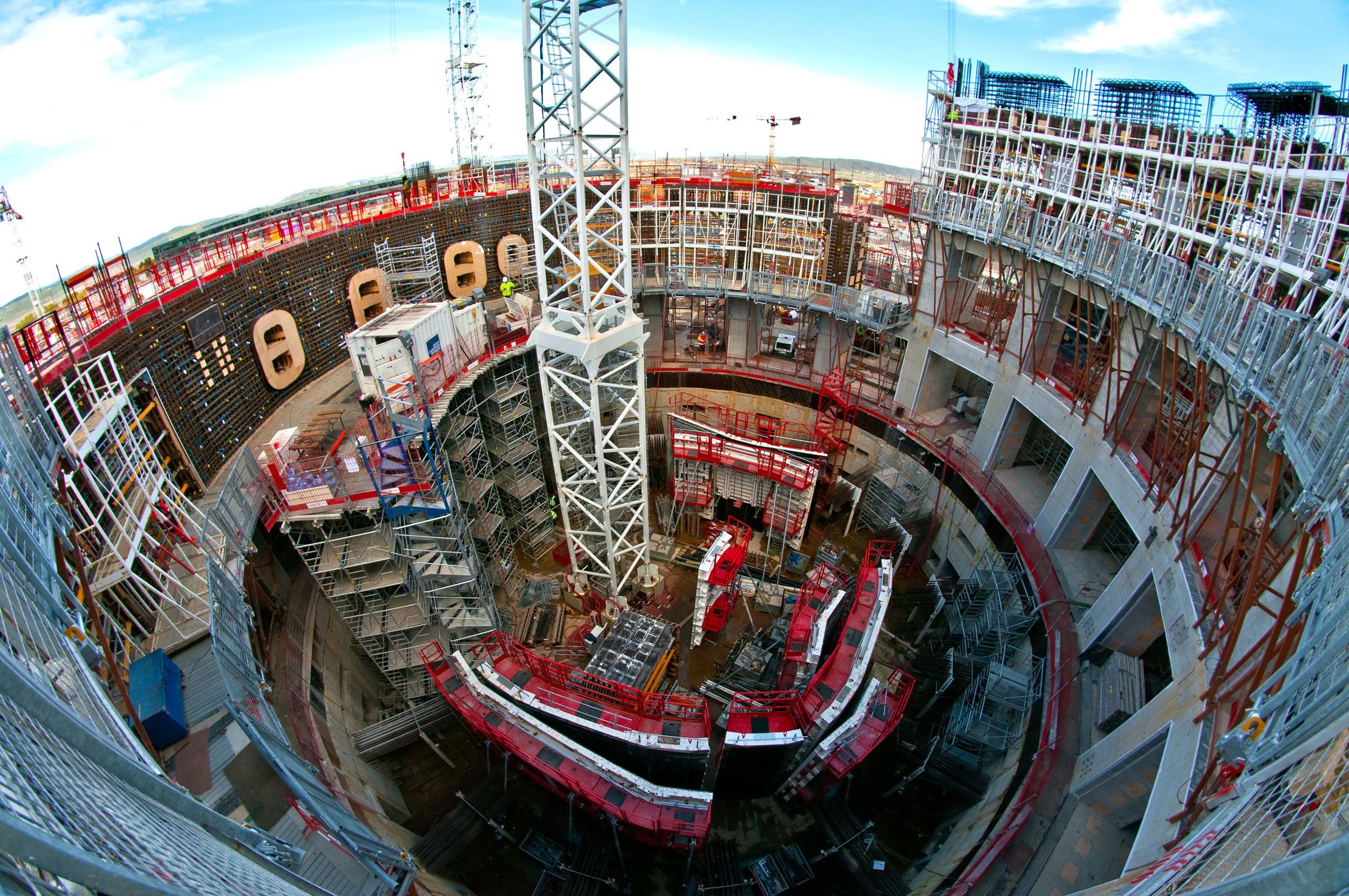 ИТЭР: почти готовая шахта реактора