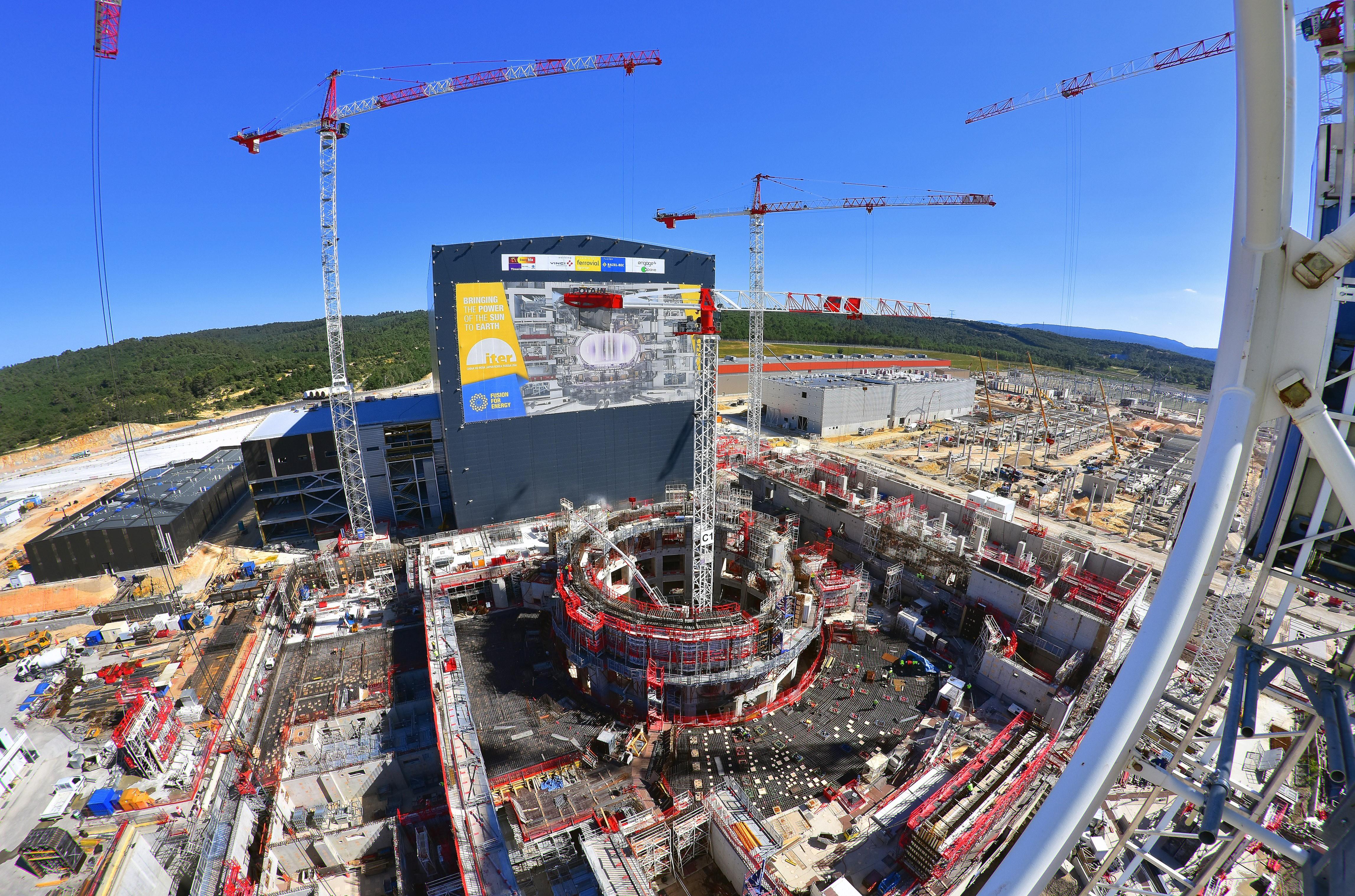 Rezultate imazhesh për iter nuclear fusion