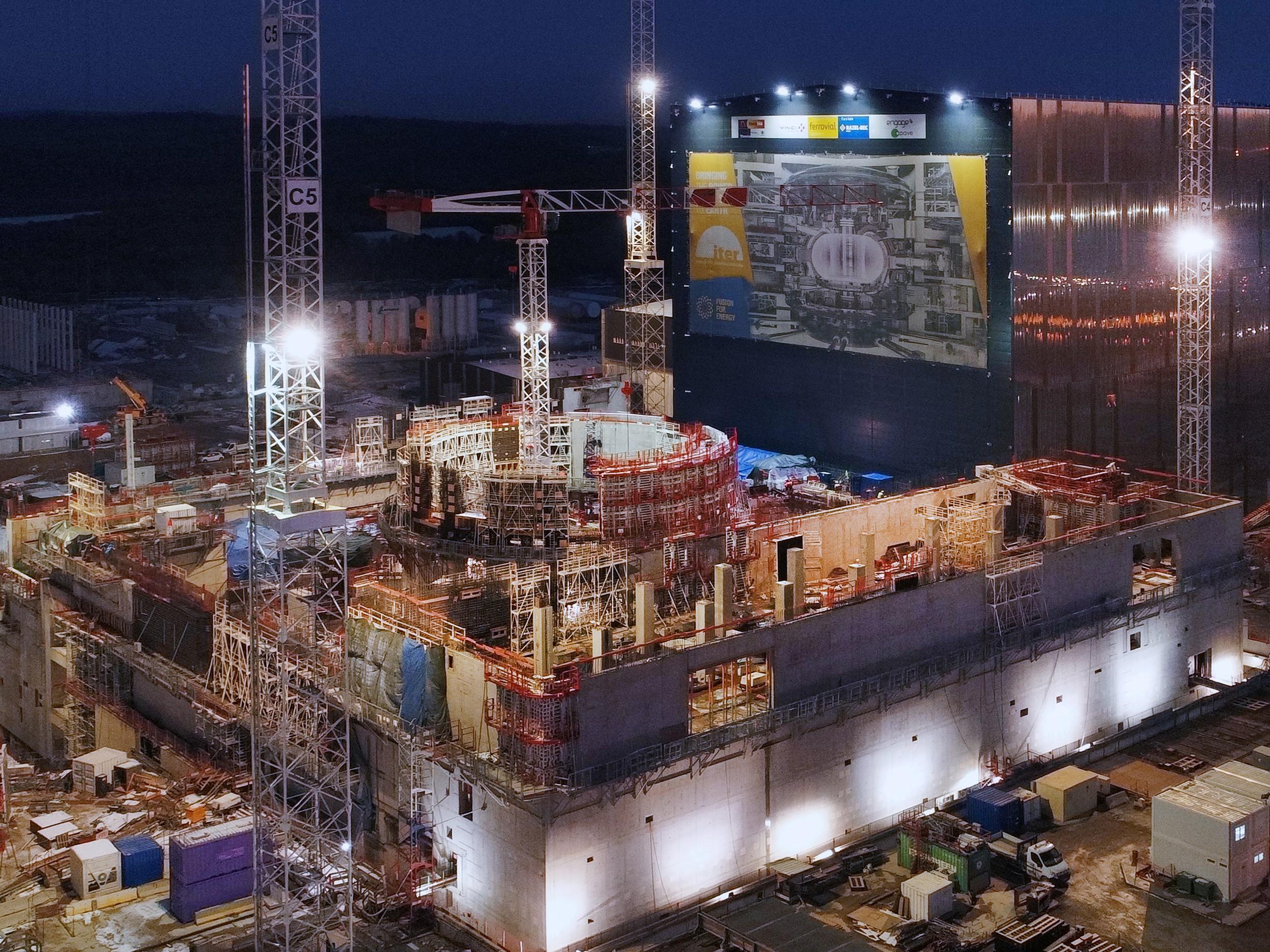 Проект ИТЭР в 2017 году будет, токамака, монтаж, реактора, первые, сборки, катушки, элементов, метров, проекта, оборудования, системы, должен, этого, Однако, SPIDER, конструкция, время, площадке, плазмы