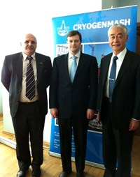 RF-DA Head Anatoli Krasilnikov (left) and ITER Director-General Osamu Motojima with the CEO of Cryogenmash, Mikhail Smirnov. (Click to view larger version...)