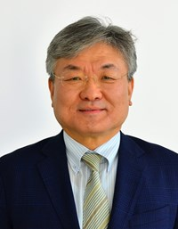 Deputy Director-General and Chief Operating Officer Gyung-Su Lee officially took office on 26 October 2015. (Click to view larger version...)