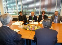 The 56th IAEA General Conference provided the Director-General of the ITER Organization, Osamu Motojima, with an opportunity to discuss with IAEA Director General Amano (centre) and to meet with several delegations present in Vienna. (Click to view larger version...)
