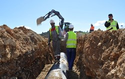 Required to be operational in 2012, the pipe system will in the meantime deliver potable water for the workers on site. (Click to view larger version...)