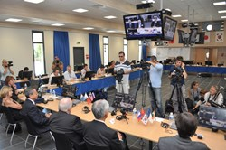The extraordinary meeting of the ITER Council attracted intense media coverage. (Click to view larger version...)