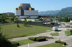 Based on the same concept as the reactors which France developed in the 1970s and 1980s (here Superphenix, east of Lyon), Astrid and the Gen IV sodium-cooled FNRs will demonstrate considerable improvements in economy, reliability and overall safety. (Click to view larger version...)