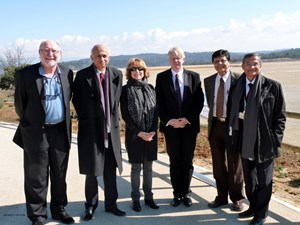 Welcoming the representative from India (from left to right): Neil Calder, Head of Communication; His Excellency Ranjan Mathai; Pascal Amenc Antoni, Senior Advisor to the ITER Director-General; Norbert Holtkamp, ITER Principal Deputy Director-General; Sandip Kumar Mazumder; and Dhiraj Bora, Deputy Director-General of the CODAC, Heating & Diagnostics Department. (Click to view larger version...)