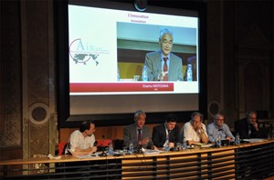 The ITER Project, which Director-General Motojima presented as ''innovation itself,'' was the focus of strong interest last weekend at the Rencontres Economiques in Aix-en-Provence. (Click to view larger version...)