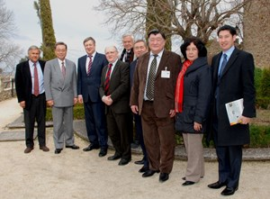 The delegation from Kazatomprom was greeted at the Château by ITER Director-General Kaname Ikeda, Deputy Director-General of Fusion Science & Technology Valery Chuyanov, Agence Iter France Director Jérôme Pamela, and CEA-Cadarache Deputy Director Francis Kovacs. (Click to view larger version...)
