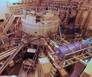 The Alcator C-Mod reactor, in operation since 1993, has the highest magnetic field and the highest plasma pressure of any fusion reactor in the world, and is the largest fusion reactor operated by any university. (Click to view larger version...)