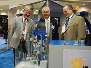 ITER Director-General Osamu Motojima with Ned Sauthoff, Head of US ITER and Brad Nelson, US ITER Chief Engineer. (Click to view larger version...)