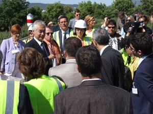 Proud of what has been accomplished so far, ITER Director-General Osamu Motojima welcomed the delegates of the European Parliament on the construction site. (Click to view larger version...)