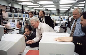 The 1997 campaign at JET: Martin Keilhacker, at the time JET director, looks on as his deputies Alan Gibson and Jean Jacquinot check the data on the computer screen. Also present are Guido Huijsmans, now with ITER Plasma Operations, Tullio Bonicelli, Nicolas Deliyanakis and Derek Stork. Paul Thomas and Akko Maas are outside the frame. (Click to view larger version...)