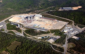 At the centre of the 180-hectare ITER parcel, is the 42-hectare scientific platform where work is currently underway to build ITER. (Click to view larger version...)