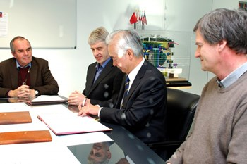 On 15 December 2014, ITER Director-General Osamu Motojima signed three Procurement Arrangements: the Electron Cyclotron Plant Controller and the Subsystem Control Unit Procurement Arrangement; the In-Vessel Viewing System Procurement Arrangement (pictured); and the Blanket Module Connector Procurement Arrangement (see next picture). (Click to view larger version...)
