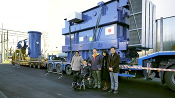 Pictured in front of the 50-ton step-up transformer, the heaviest component delivered in December: M. Sugimoto, director of the ITER project department and K. Watanabe, neutral beam expert, from the Japan Atomic Energy Agency (JAEA); V. Toigo, PRIMA projector manager at Consorzio RFX; and JAEA's M. Kashiwagi, sub-leader of the neutral beam group and technical responsible officer of the ITER neutral beam power supply, and M. Hanada, leader of the neutral beam group. (Click to view larger version...)