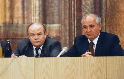 Evgeny Velikhov, head of the Soviet fusion research program and Secretary General Mikhail Gorbachev had met as university students, one in law, the other in physics. Photo: Kurchatov Archives (Click to view larger version...)