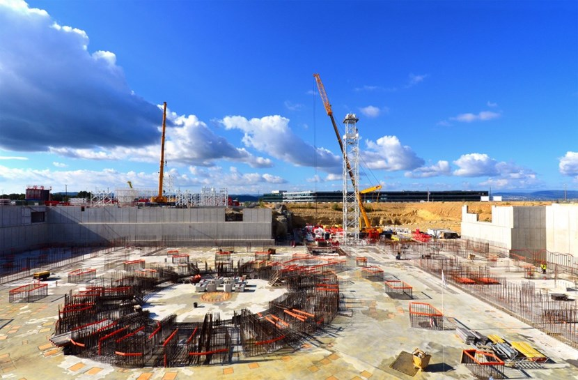 As assembly work was progressing on the two large cranes closest to ITER Headquarters, anchorage for the the central crane (52 metres high) was visible on this picture of the Tokamak Complex basemat slab. Equipped with a 35-metre boom, the central crane will handle loads of up to 9 tons. (Click to view larger version...)