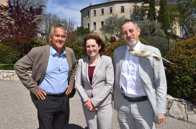 The governing body of the EUROfusion consortium, the General Assembly, meets four times a year. On 11 April its members gathered at the Château de Cadarache for a two-day session. From left to right: Jérôme Pamela, General Assembly chair; Sibylle Günter (IPP), co-chair; and Tony Donné (DIFFER), Programme Manager for the consortium. (Click to view larger version...)