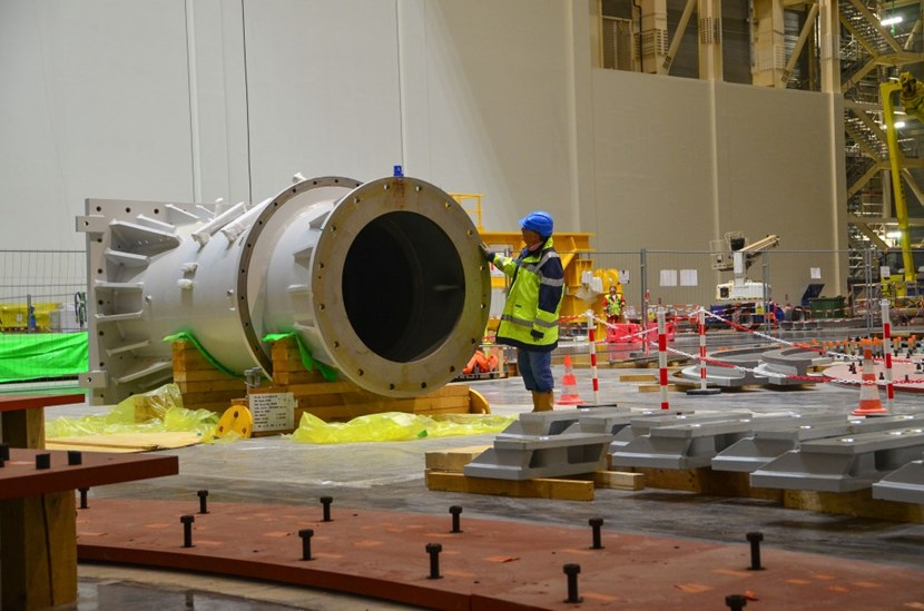 The giant's foot is a 4.4-metre-long steel cylinder that weighs 11 tonnes. It belongs to one of the formidable handling machines that will be used to pre-assemble vacuum vessel sectors with toroidal field coils and thermal shield segments. (Click to view larger version...)