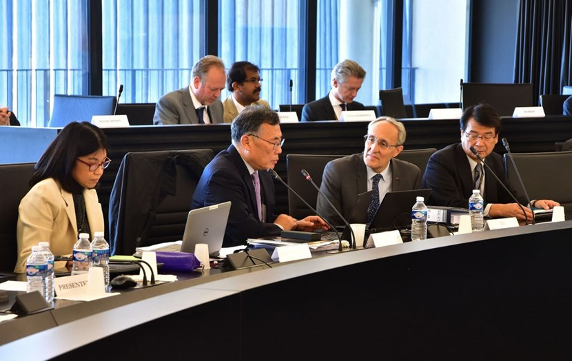 Foreground, from left to right: Sachiko Ishizaka, ITER Council Secretary; Won Namkung, Council Chair; Bernard Bigot, ITER Director-General; and Eisuke Tada, Deputy Director-General. In the background, Akko Maas, Science Engineering Officer; Sriram Kattalai Ramachandran, Head of the Finance & Procurement Department; and Laban Coblentz, Head of Communication. (Click to view larger version...)