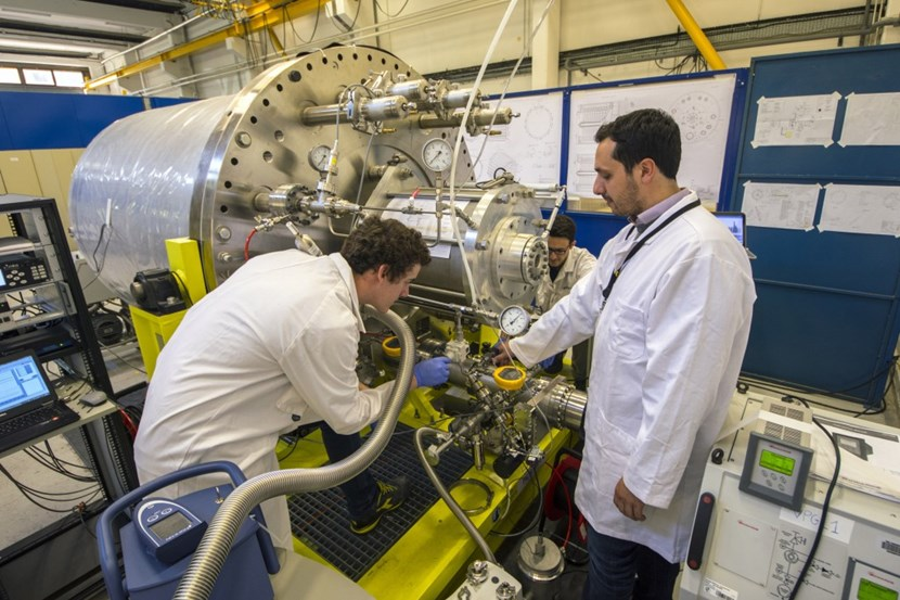 ''No one has ever built a cryopump comparable to this one,'' says ITER vacuum engineer Roberto Salemme (right). The 3.4-metre-long, 8-tonne component is being tested in a laboratory that the ITER vacuum team has set up in the neighbouring CEA-Cadarache. (Click to view larger version...)