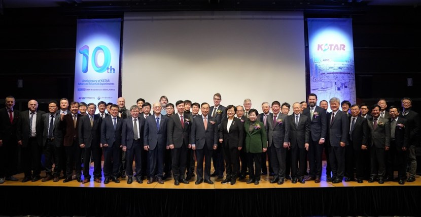 At the Coex Convention & Exhibition Center in Seoul, approximately 300 guests gathered on 20 February to celebrate ten years of successful operation and ~22,000 plasma discharges. (Click to view larger version...)