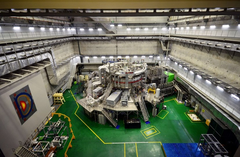 With its first plasma in June 2008, KSTAR successfully joined the ranks of superconducting tokamaks capable of investigating the plasma physics of future steady-state fusion power plants. (Click to view larger version...)