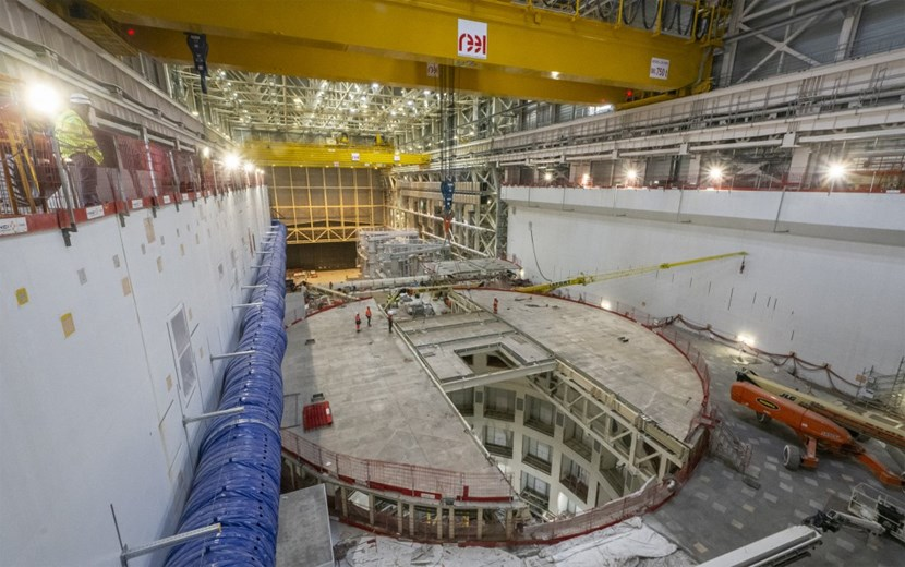 One of the smaller lid segments is being readied for lifting. In two days, the 11 segments of the structure were dismantled, lifted and safely stored to be re-used at a later stage of ITER operations (Click to view larger version...)