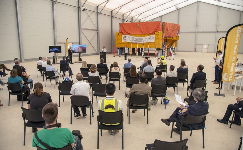 The arrival of poloidal field coil #6 (PF6) on Friday 26 June offered a symbolic opportunity to express ITER's gratitude to the local ''partners'' of the project. (Click to view larger version...)