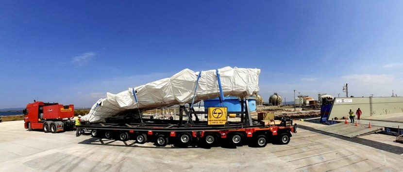 A three-trailer convoy will deliver 5 top lid segments (out of a total of 12) to the ITER site this week. (Click to view larger version...)