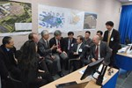 Take a break, have a chat: ITER Director-General Osamu Motojima and members of the MAC taking the discussion off-line.